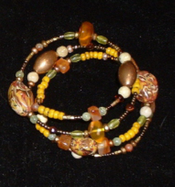 Bonnie Mincu's yellow ethnic bracelet for Dale